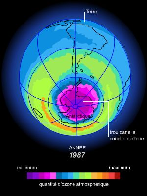 Encyclop die larousse en ligne atmosph re - Distance entre la terre et la couche d ozone ...