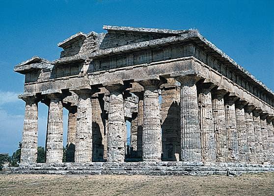 Encyclop Die Larousse En Ligne Paestum Le Temple De