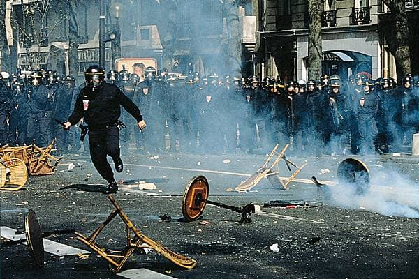 C.I.P., manifestation, Paris, 1994