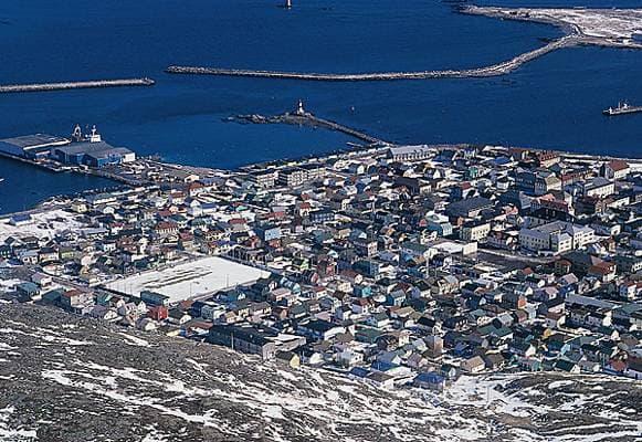 Encyclopédie Larousse en ligne - Saint-Pierre-et-Miquelon