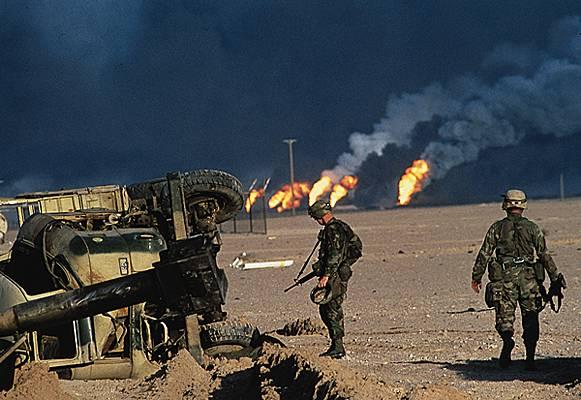 Encyclop die larousse en ligne puits de p trole en feu - Feu a petrole ...