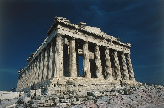 Encyclop die larousse en ligne gr ce art et for Architecture grec