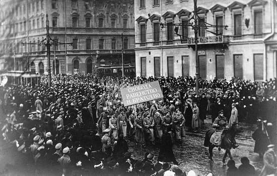 """Résultat de recherche d'images pour """"révolution russe 1917"""""""