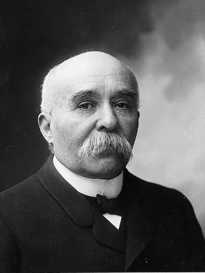 http://www.larousse.fr/encyclopedie/data/images/1313133-Georges_Clemenceau.jpg