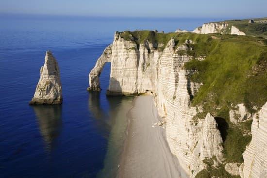 Encyclop die larousse en ligne littoral for Haute ou basse normandie