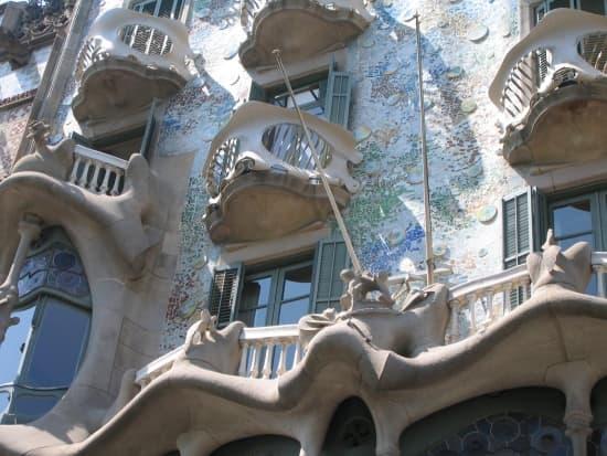 Encyclop die larousse en ligne art nouveau - Art nouveau architecture de barcelone revisitee ...