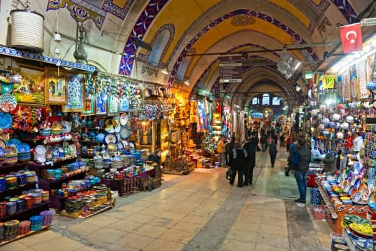 Encyclopédie Larousse En Ligne Istanbul Anciennement Byzance Puis