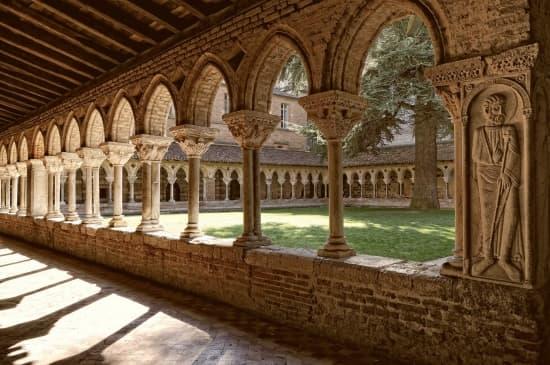 Grand Foyer De L Art Roman : Encyclop�die larousse en ligne art roman ancien fran�ais