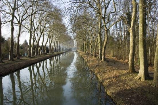centro, el canal briare