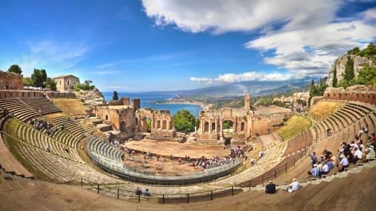 Encyclop die larousse en ligne sicile en italien sicilia - Giardini naxos cosa vedere ...