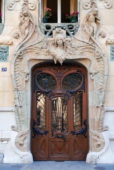 Encyclop die larousse en ligne art nouveau for Meuble art nouveau